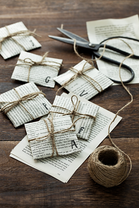 ETHICAL GIFT GUIDE: WRAPPING  Use newspaper and twine for a simple wrapping. Add doodles, paint, or glitter for a spacial touch. Photo via  errinish .