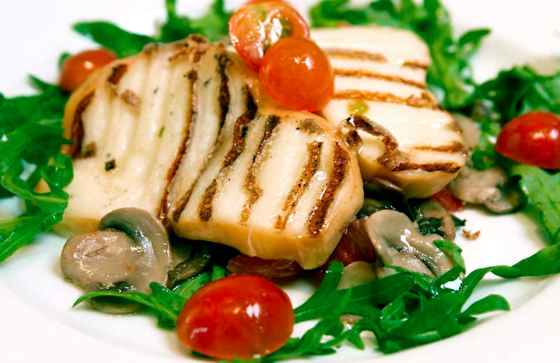 Food - Grilled Halloumi Salad