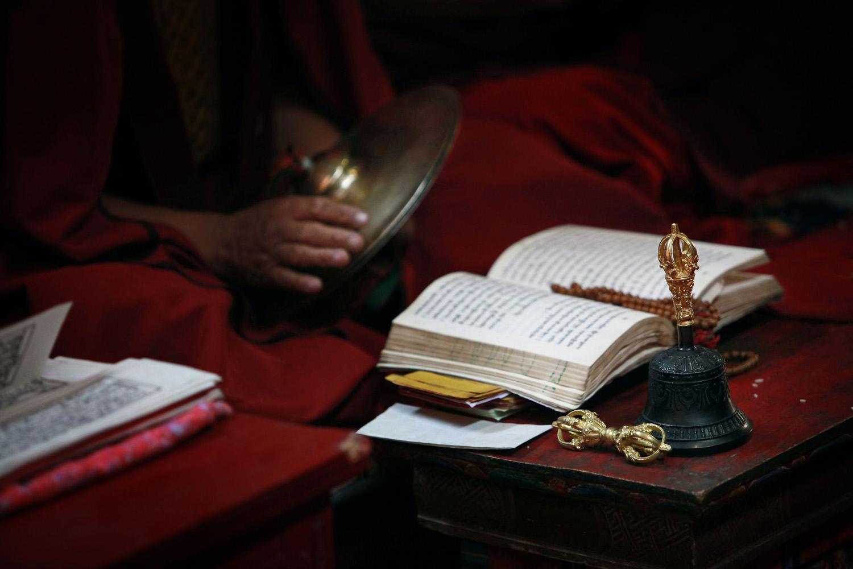 Puja detail, Hemis Monastery