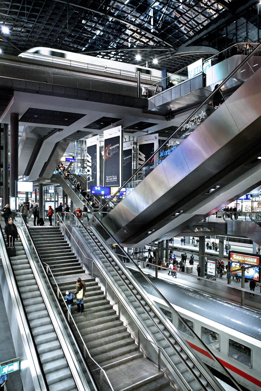 Hauptbahnhof/Main Station, Berlin, Germany
