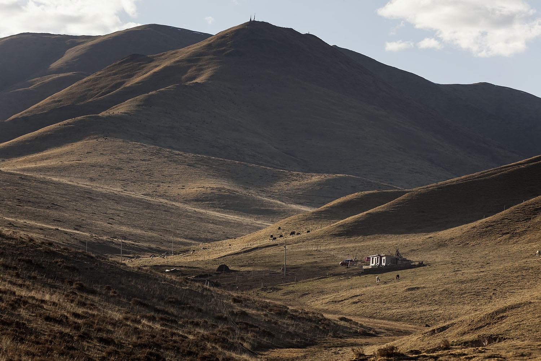 Near Labrang, Amdo, Tibet