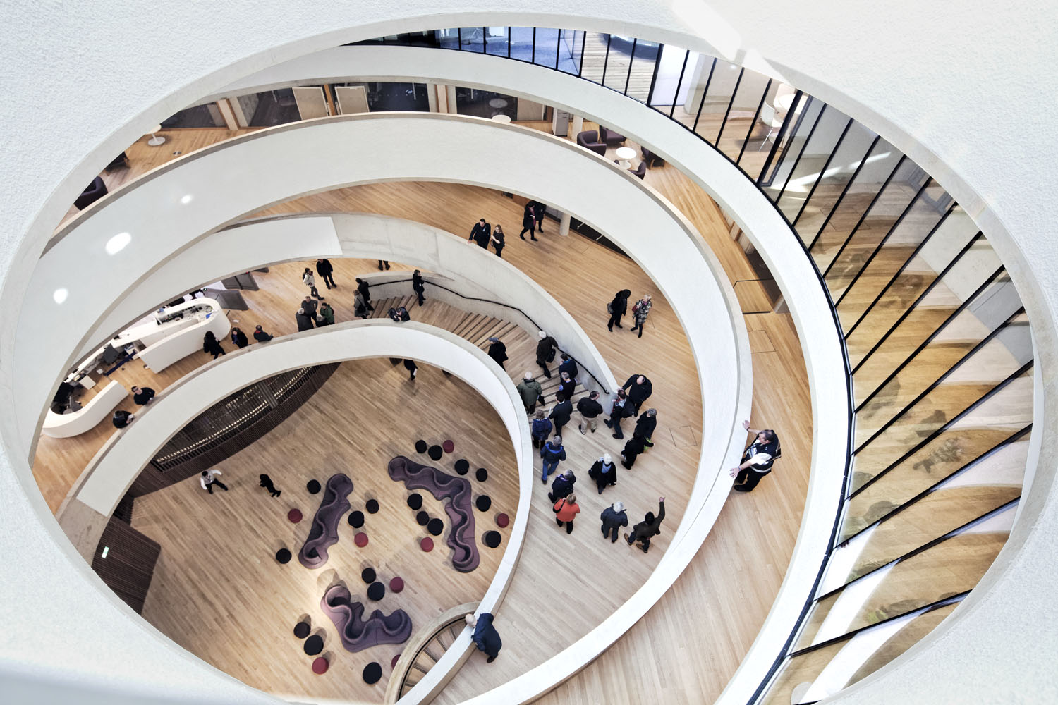 Blavatnik School of Government, Oxford University, Oxford, UK