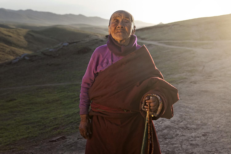 Nun wearing Norlha. Ritoma, Amdo, Tibet