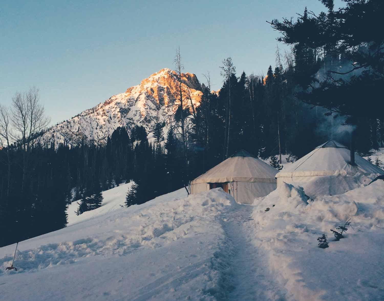 williams-peak-hut.jpg