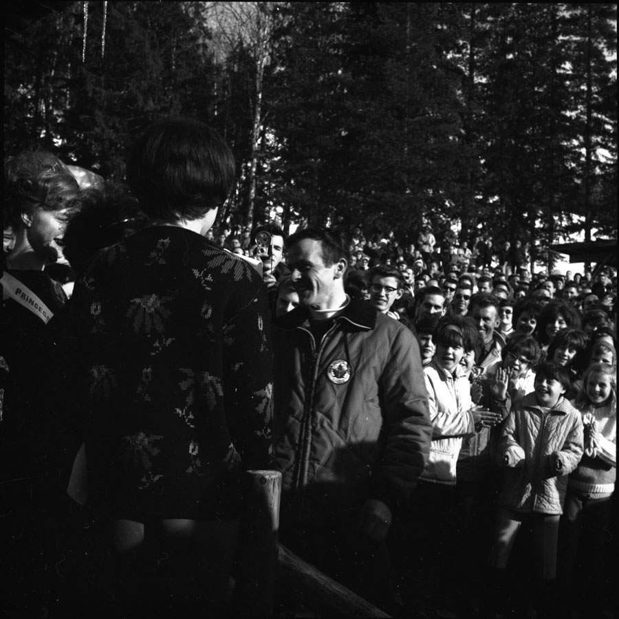 Ski Jumping Tournament [DN-183]