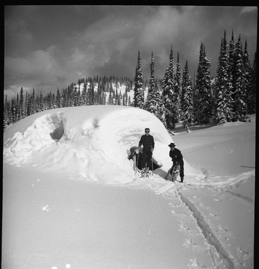Cabin Snowed Under [DN-194]