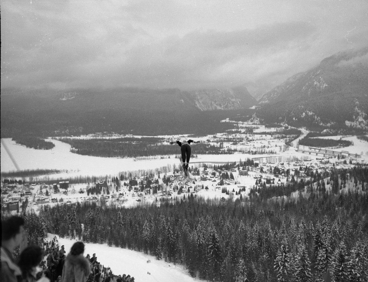 """Ski Jumper """"Tournament of Champions"""" [DN-348]"""