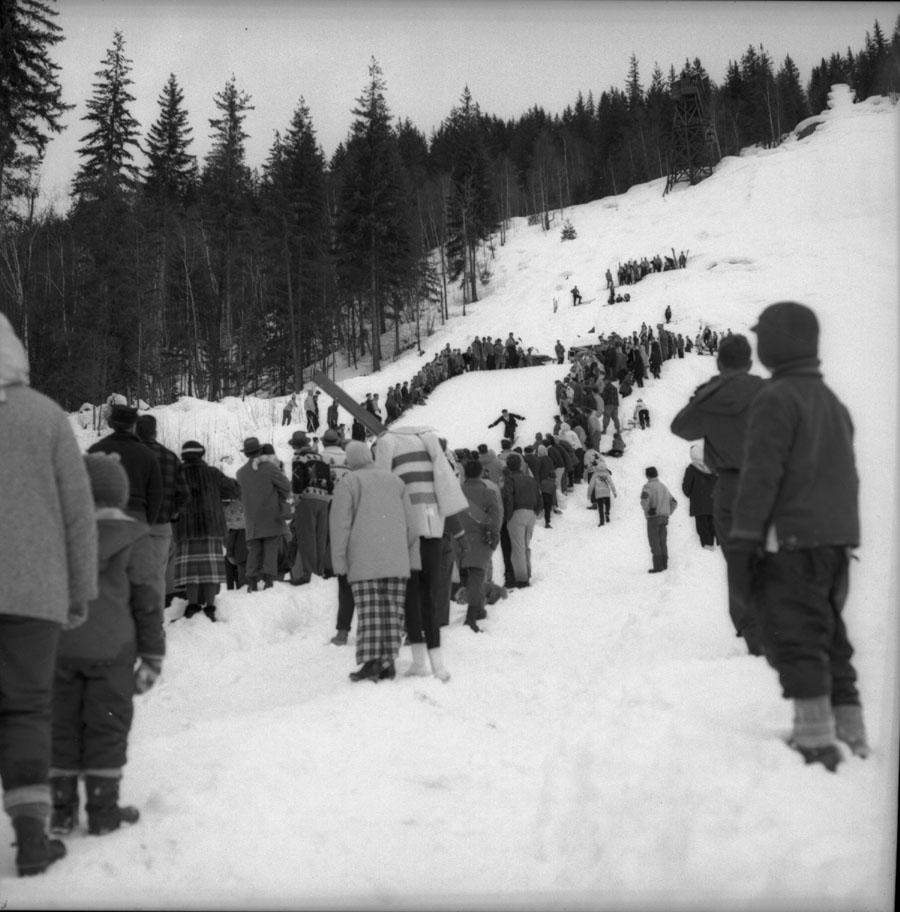 Junior ski Tournament 1960 [DN-627]