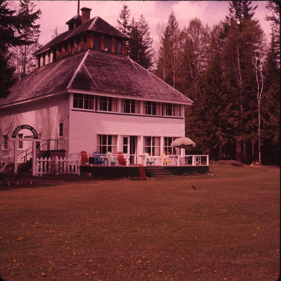 Revelstoke Golf Clubhouse [DC2-140]