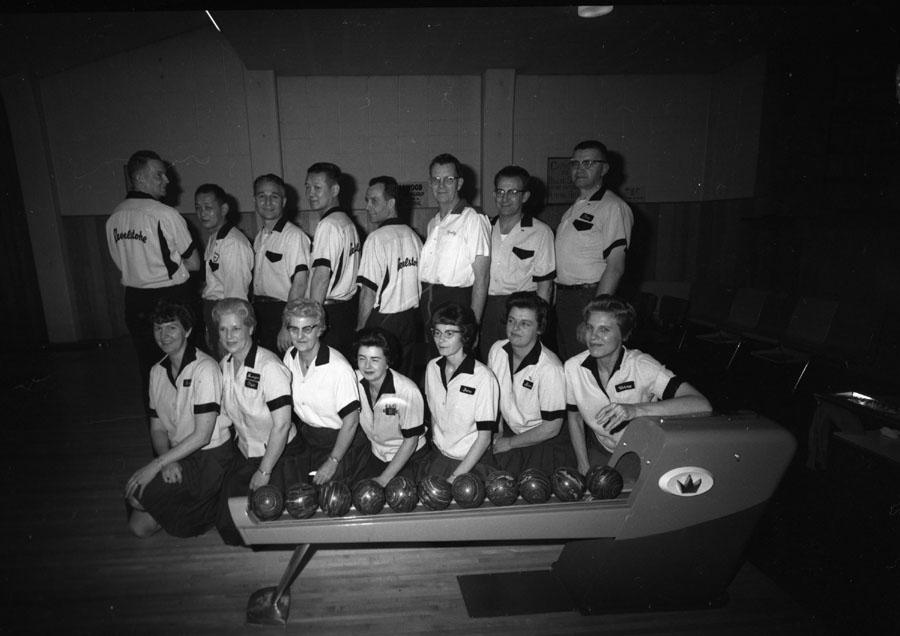 Alpine Lane Bowling League [DN-248]