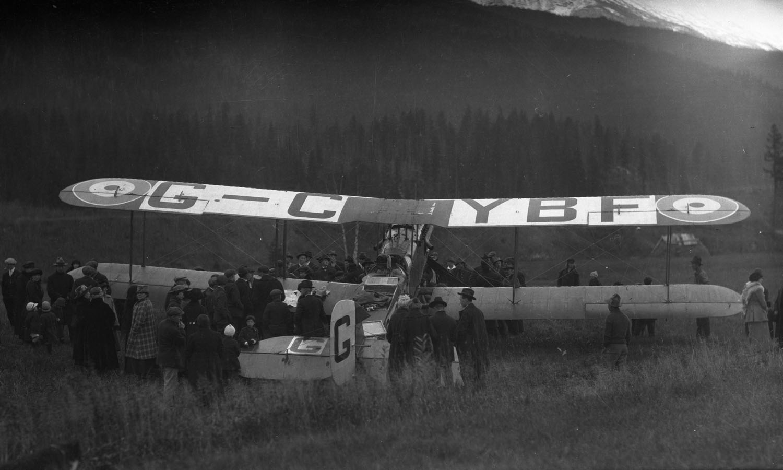 First Transcontinental Flight at Revelstoke, 1920 [DN-659]