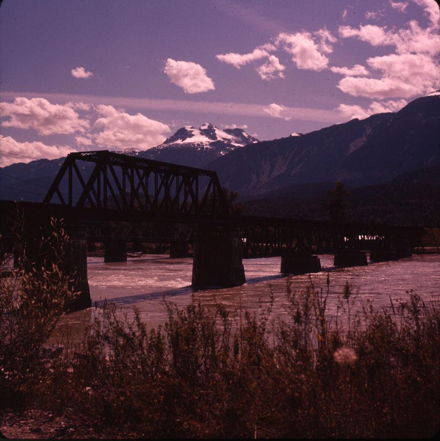 Traffic Bridge [DC2-116]