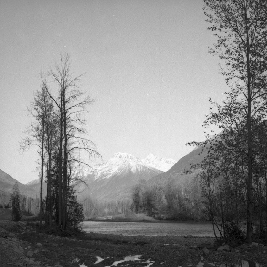 A Shot East, New Road, 1960 [DN-957]