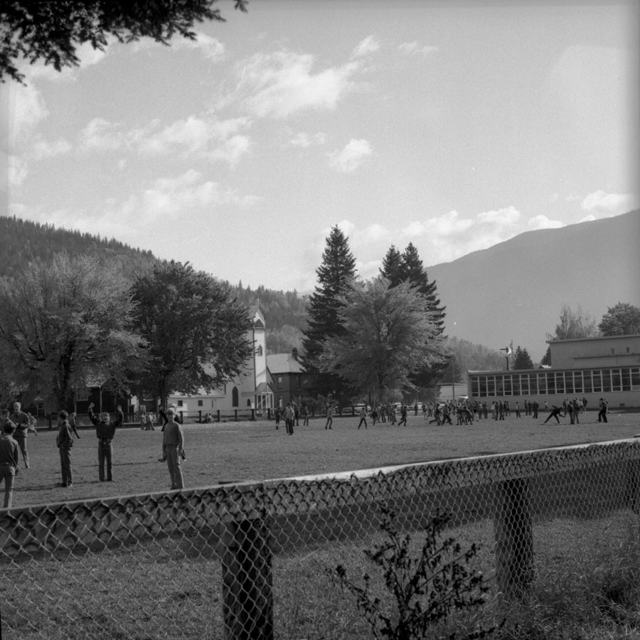 Recess at Moutain View School [DN-131]