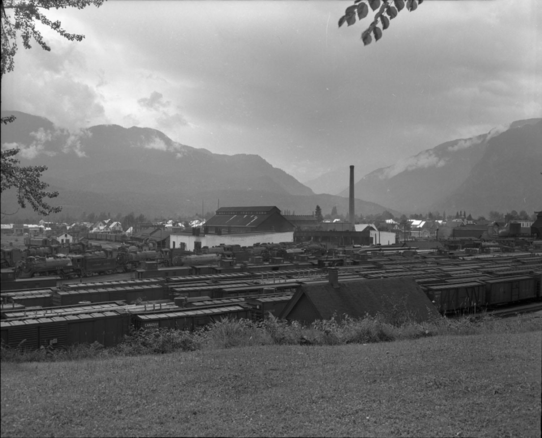 CPR Yard, 1950 [DN-24]