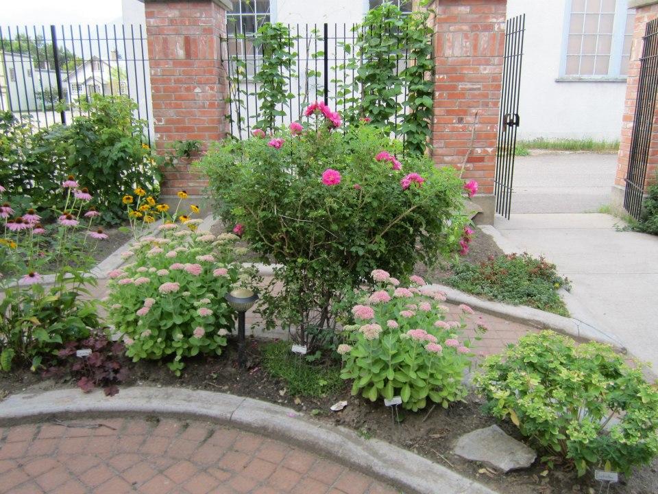 heritage_garden.jpg