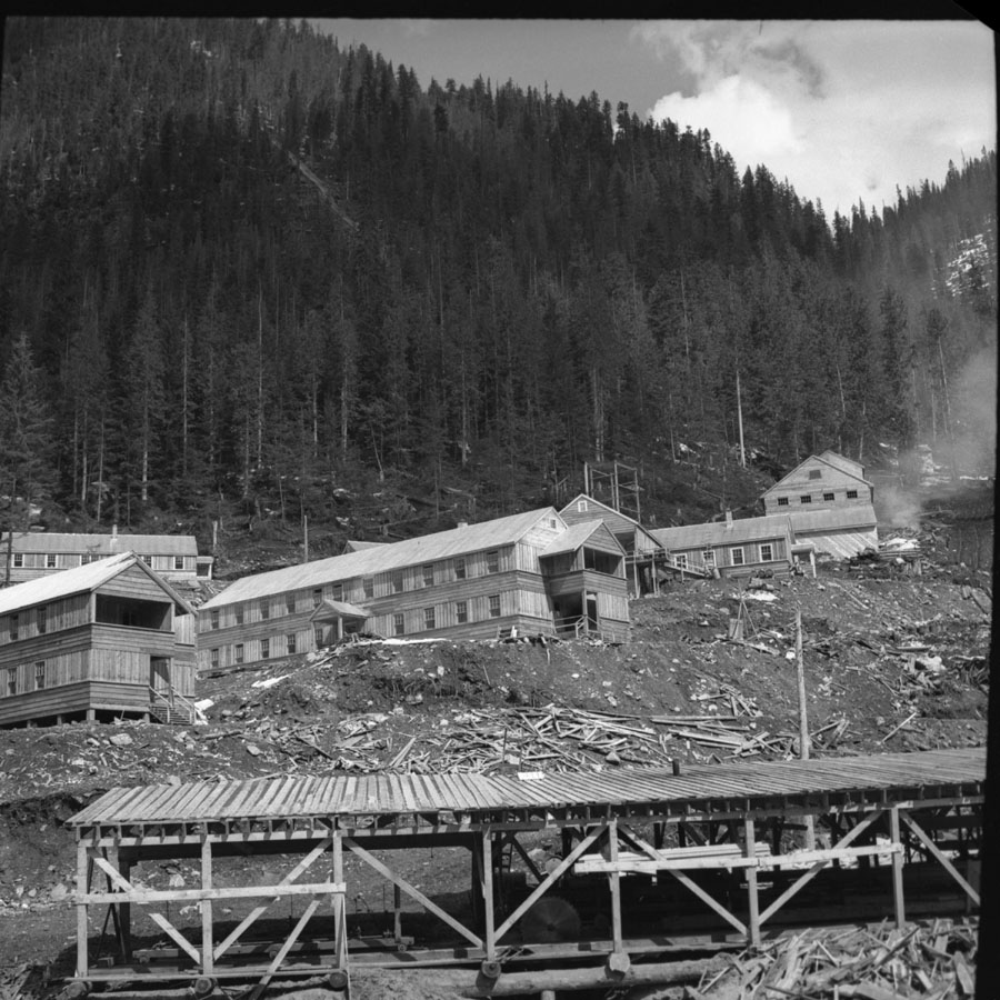 Mastodon Mine Buildings [DN-78]