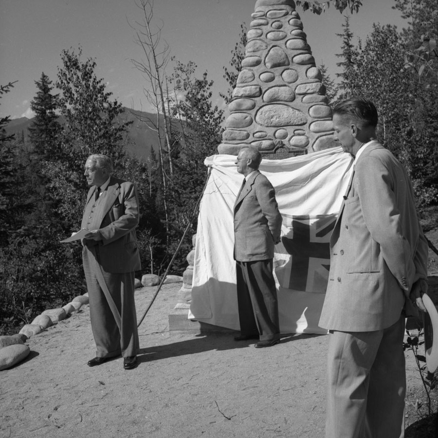 Unveiling of Cairn at Boat Encampment [DN-339]