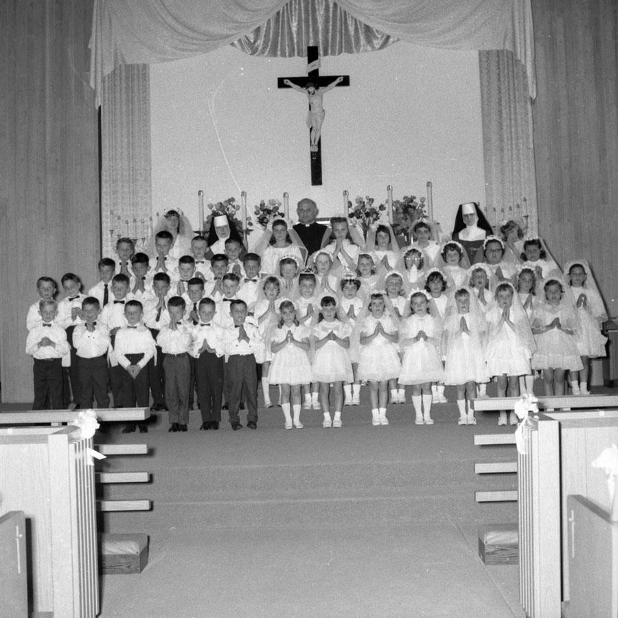 Catholic Church Group [DN-271]
