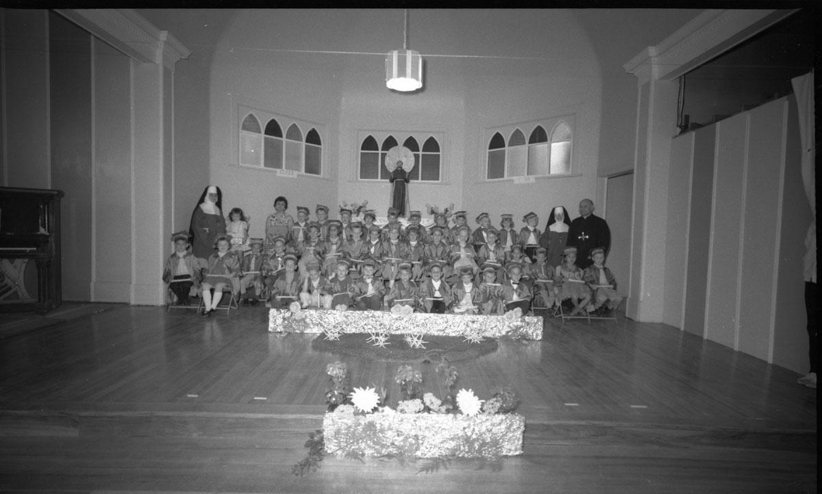 Catholic Kindergarten Graduation [DN-870]