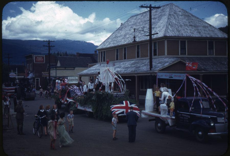 Parade Float [DC1-70]