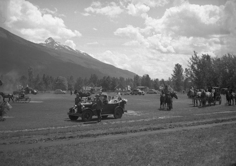 Golden Spike Parade, 1945 [DN-718]