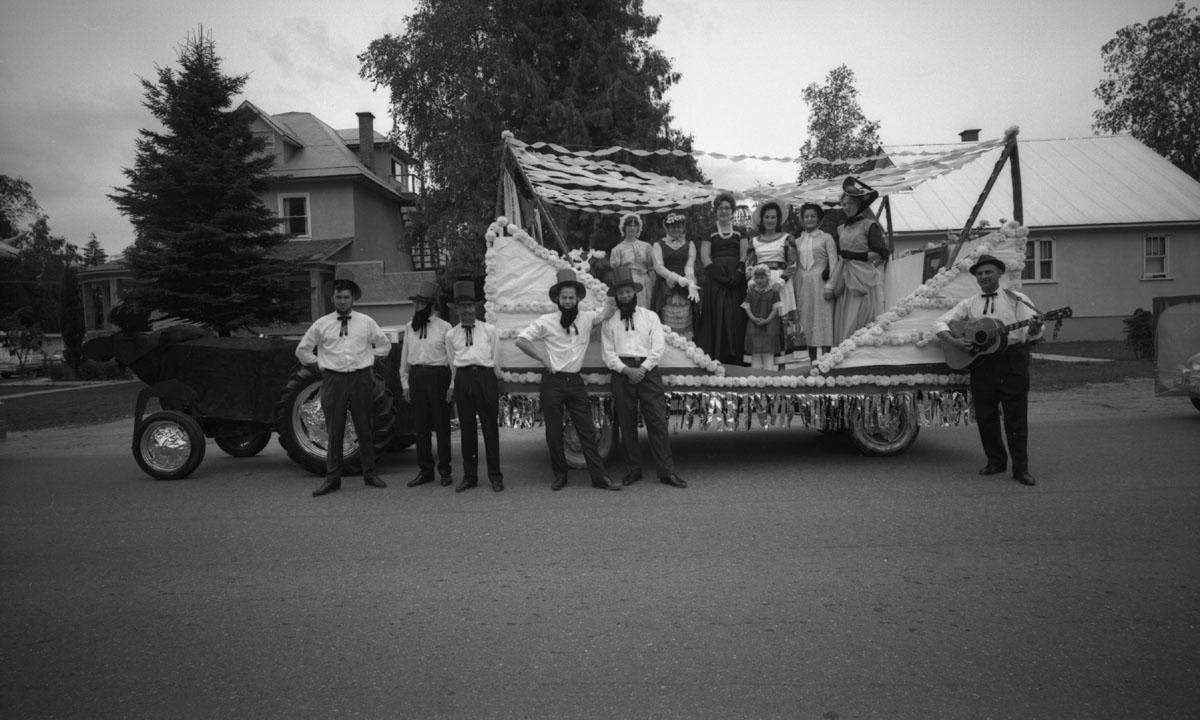 Parade, 1966 [DN-904]