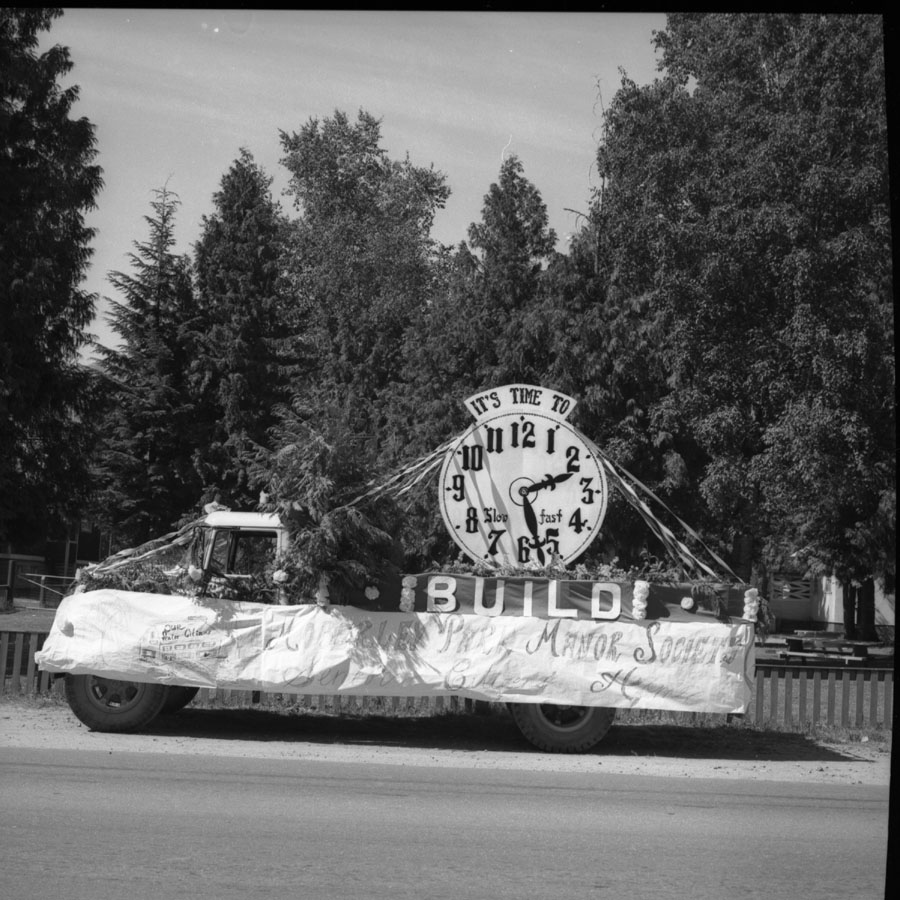 Parade, Moberly Float, 1967 [DN-906]
