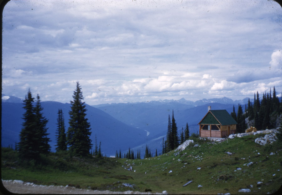 Community Kitchen Mt. Revelstoke Summit [DC1-56]