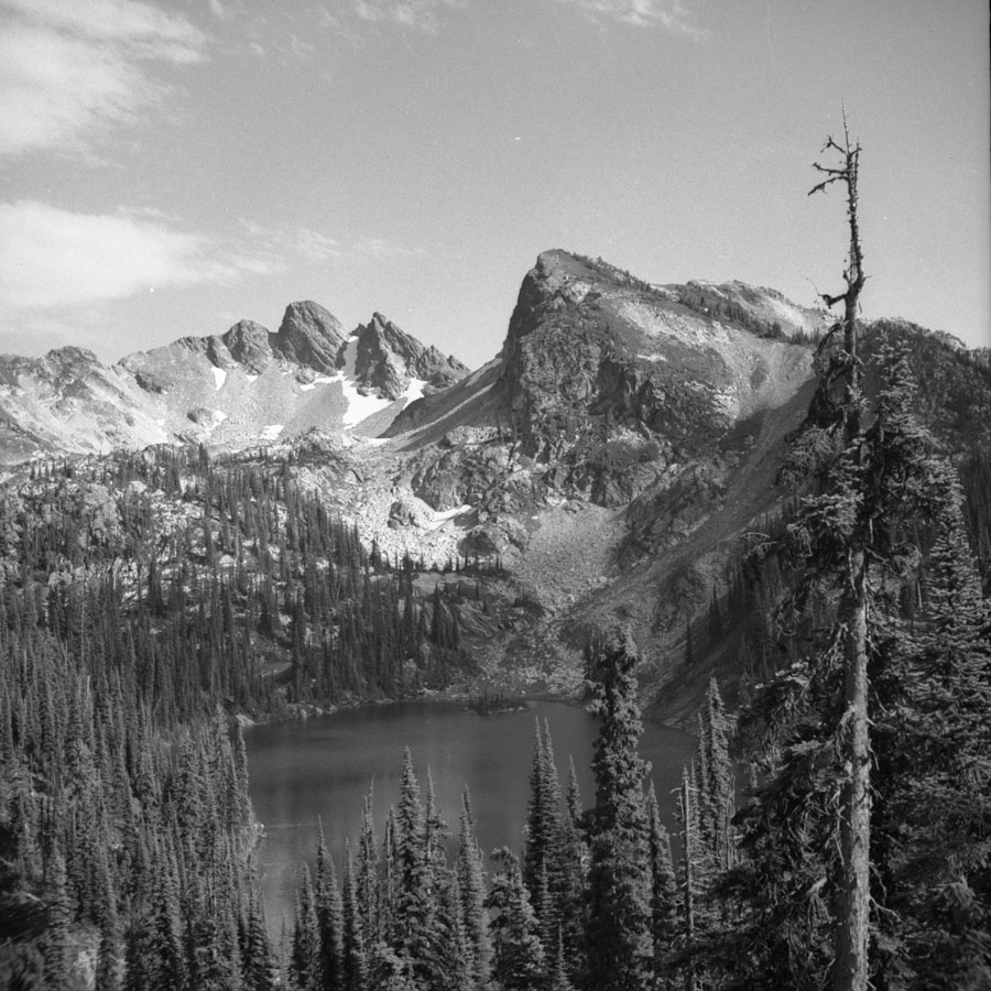 Eva Lake and Mt. Harry [DN-32]