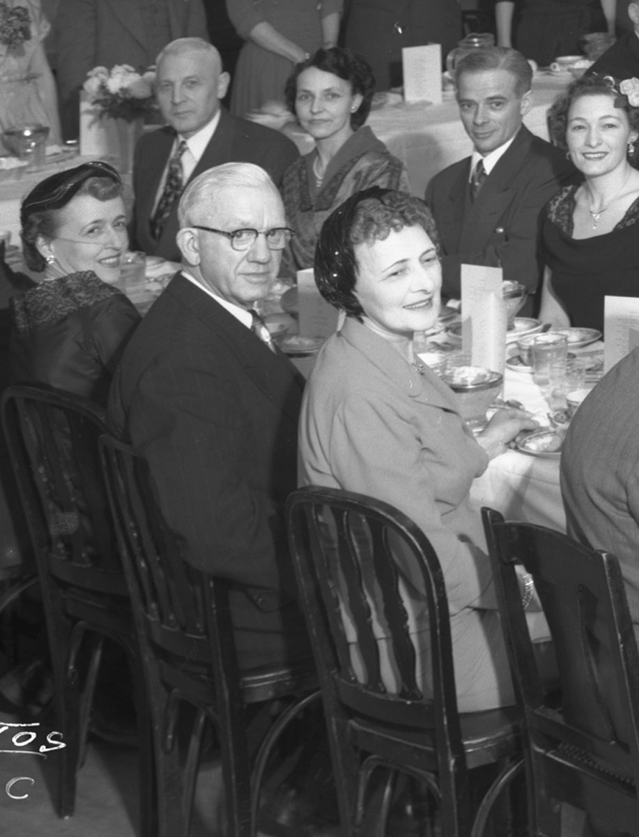 Earle and Estelle Dickey at Electrical Banquet [DN-852]