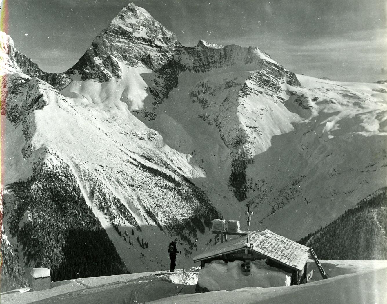 PSA.16 Weather observatory at Mt. Abbott. Mt. Sir Donald behind. Dec. 1956.jpg