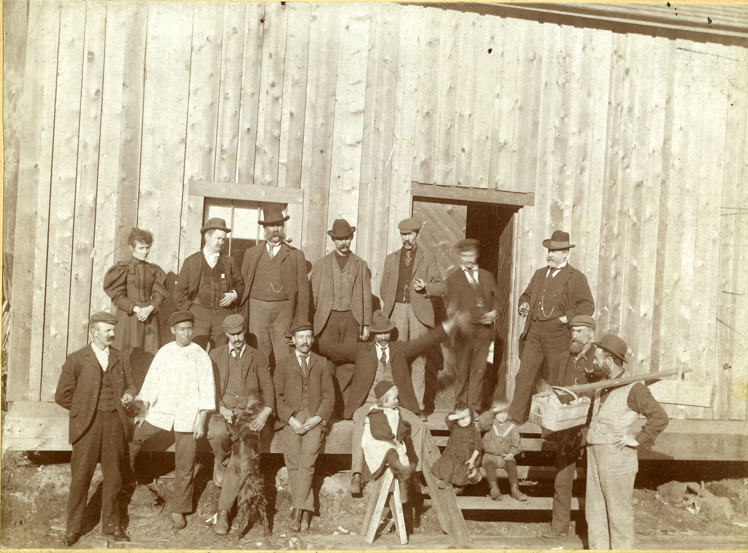 Group standing in front of Waverley Mines shed, Albert Canyon, 1897.