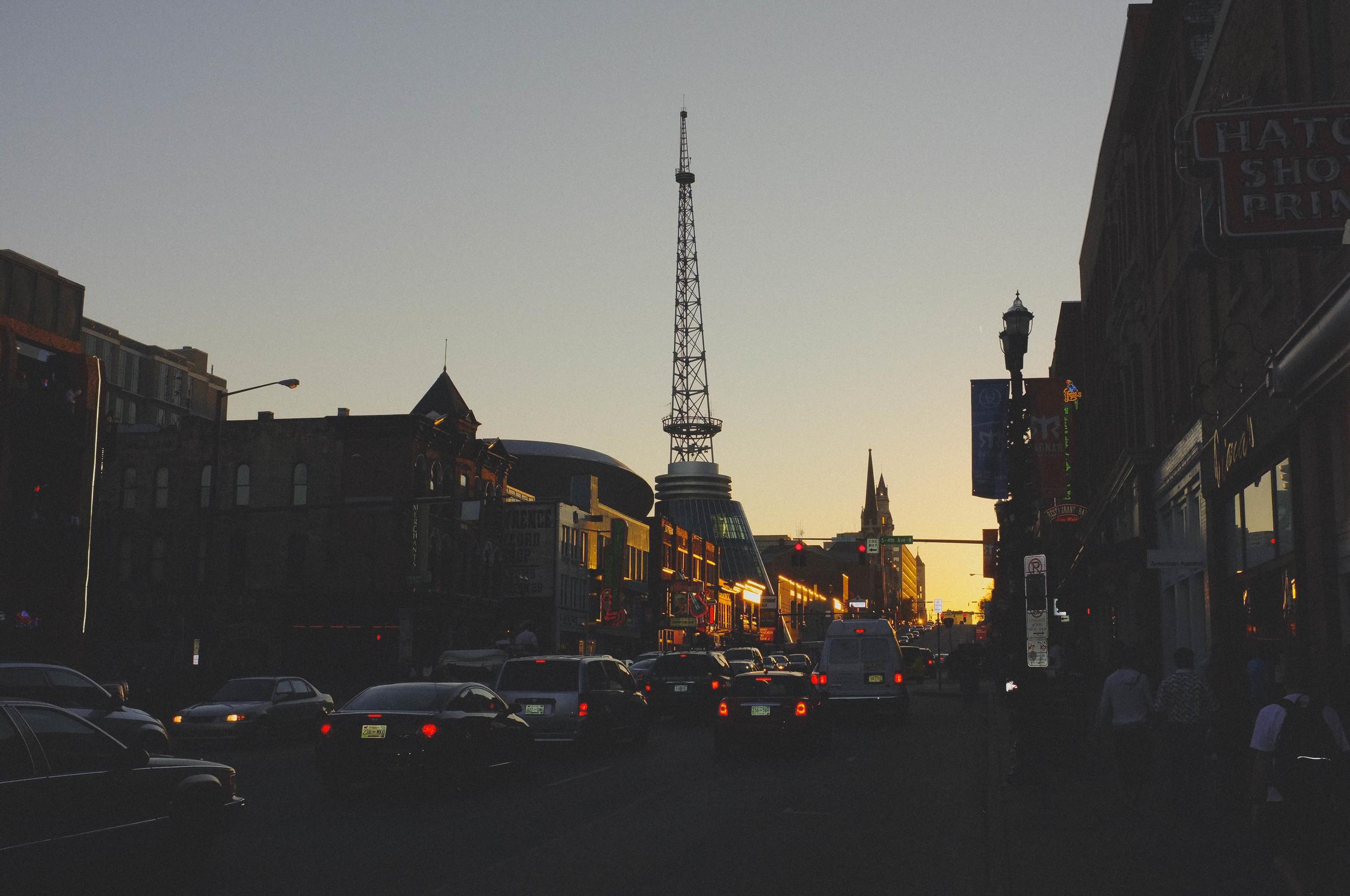 Nashville antena.jpg
