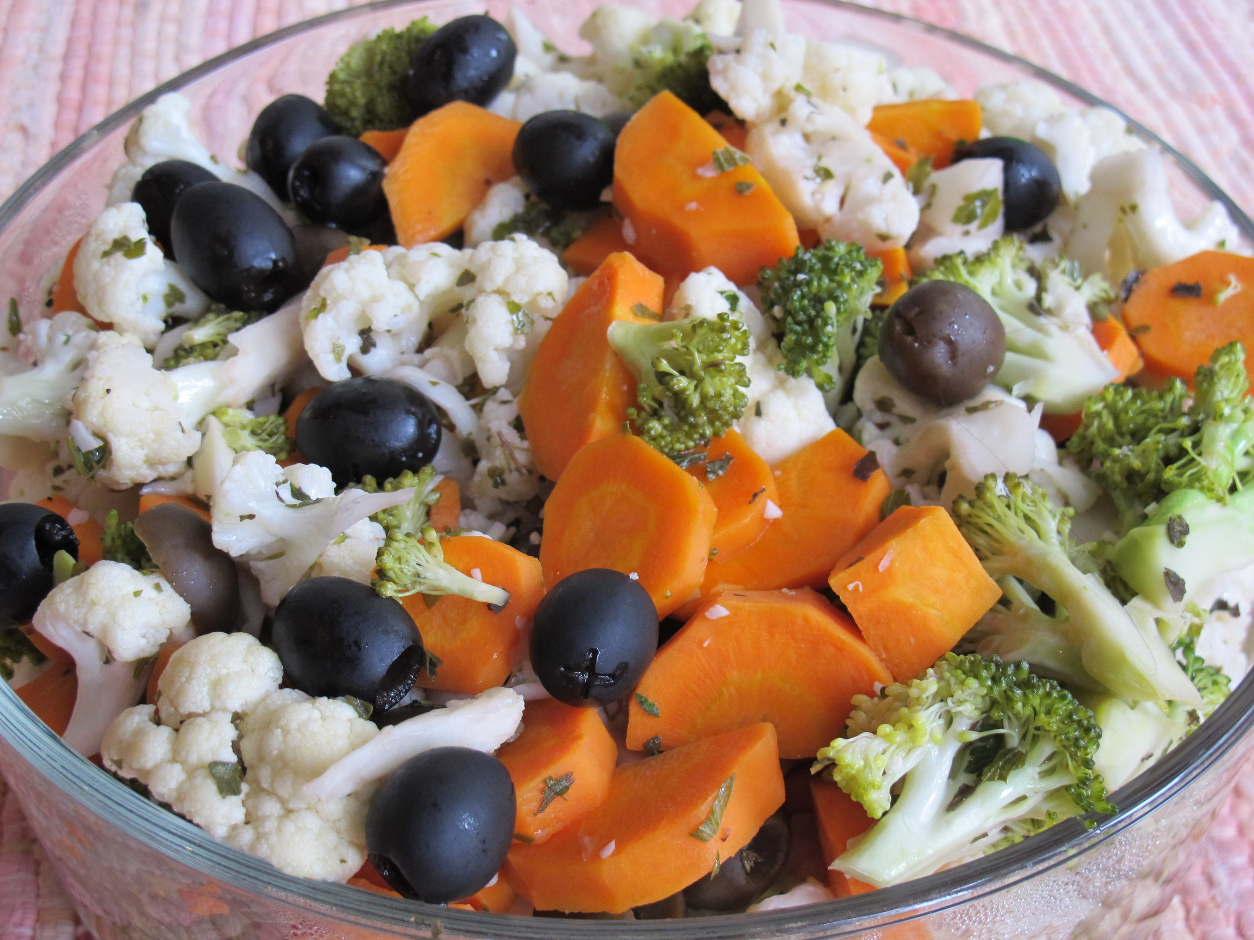 Cold marinated vegetables