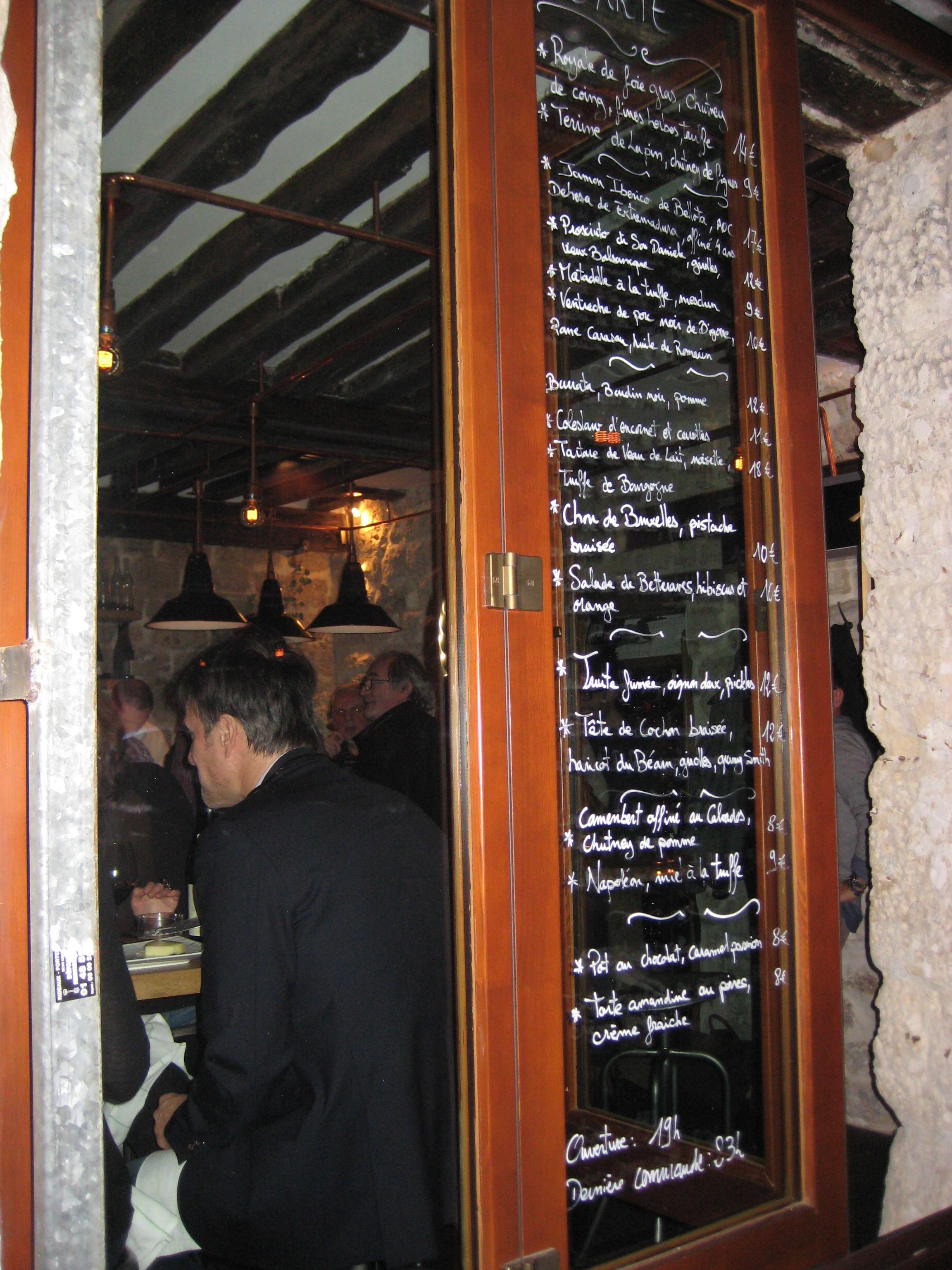 Frenchie Bar a Vin