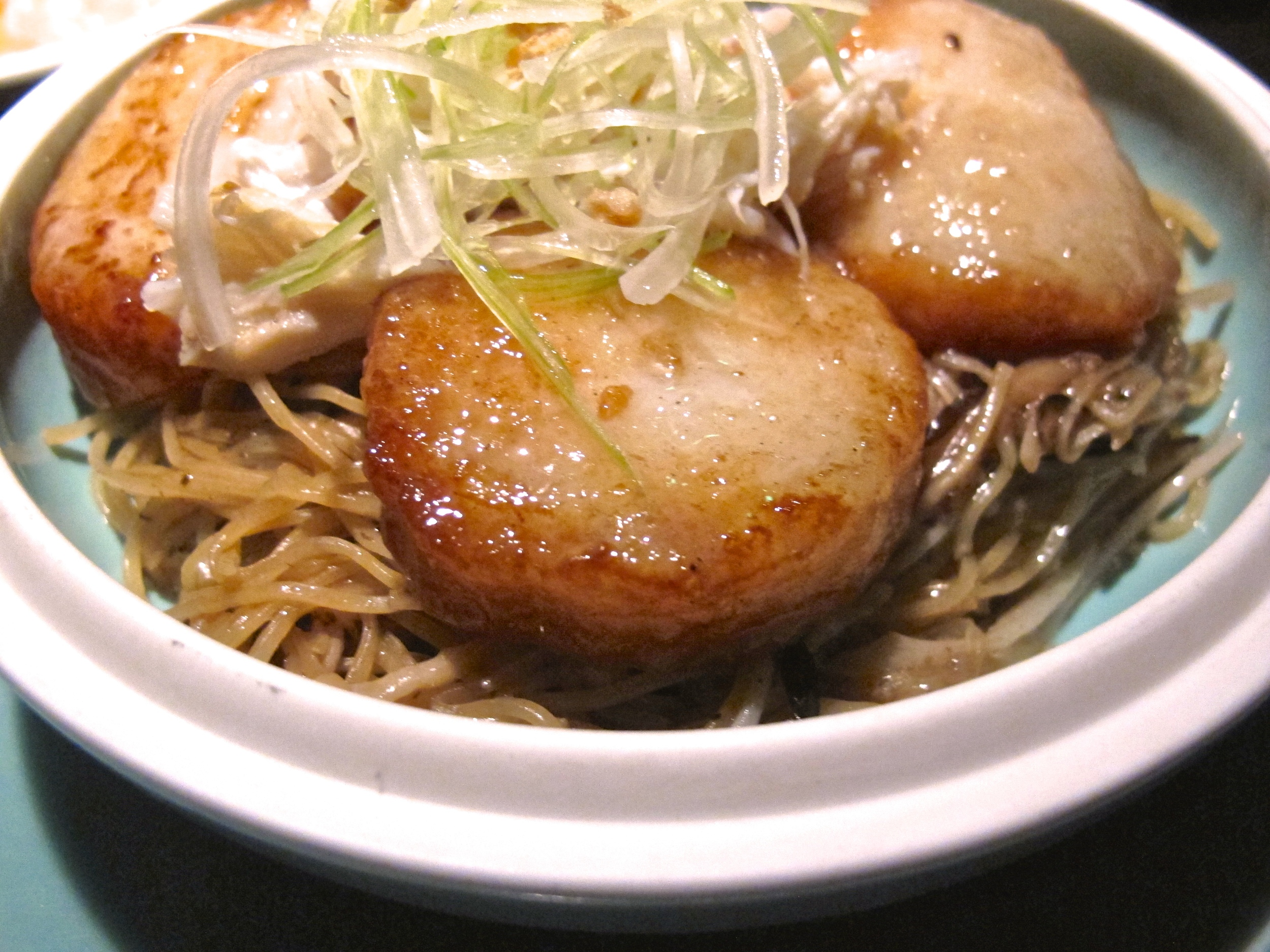 Hakkasan's truffle noodles