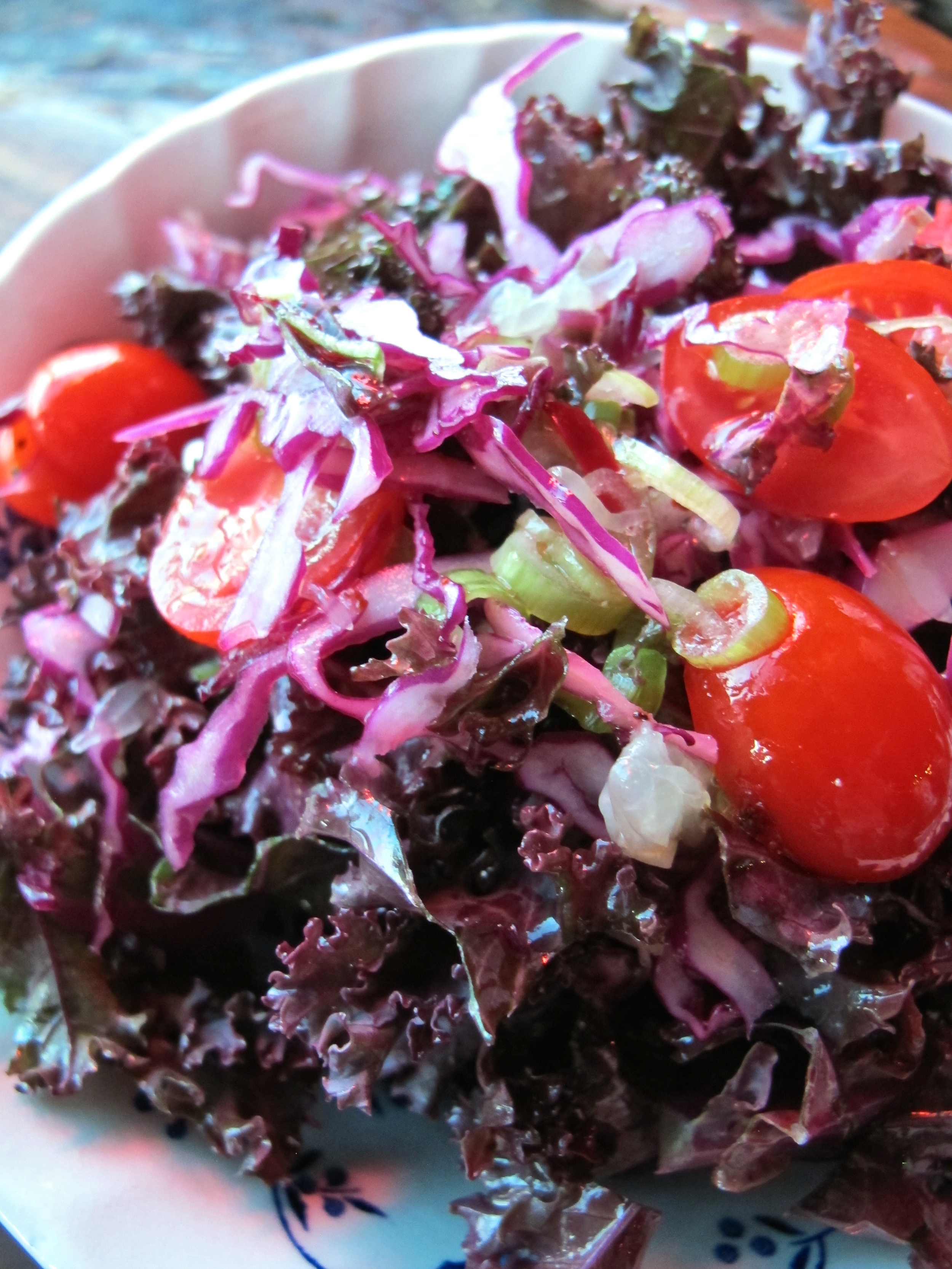 Gravlax kale salad