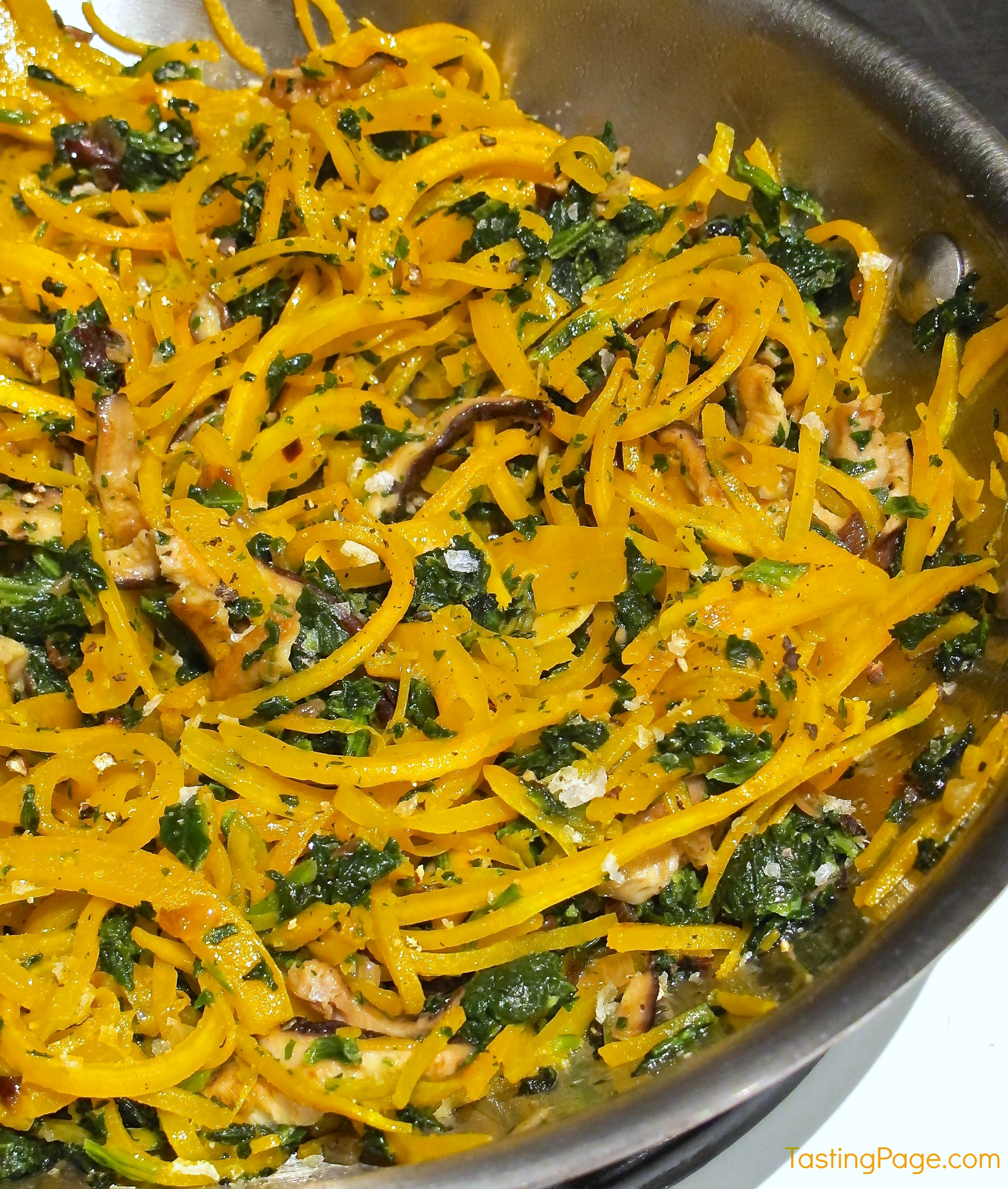 Butternut Squash Noodles with Spinach and Mushrooms {Gluten Free}