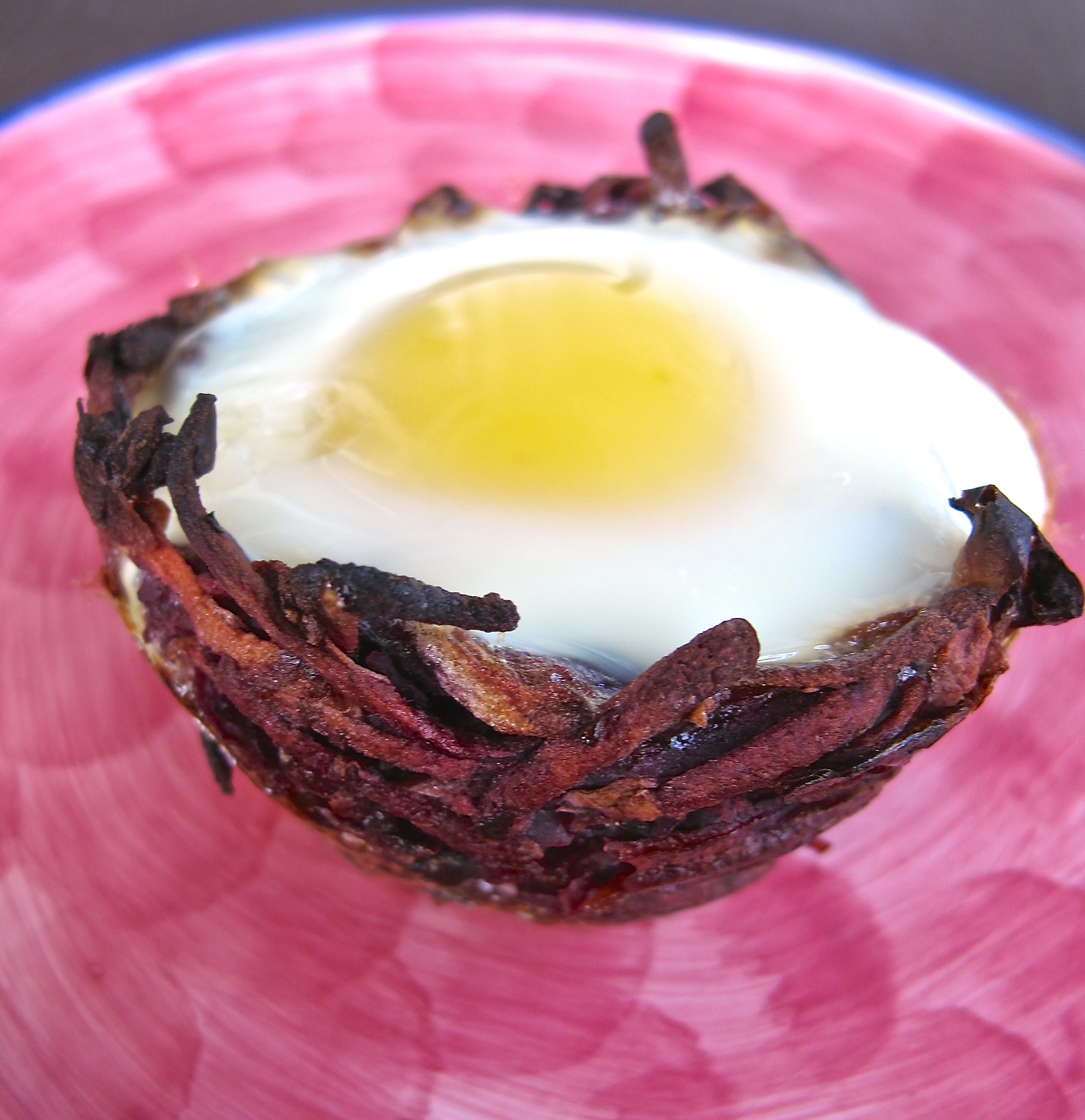 purple sweet potato apple nest with baked egg
