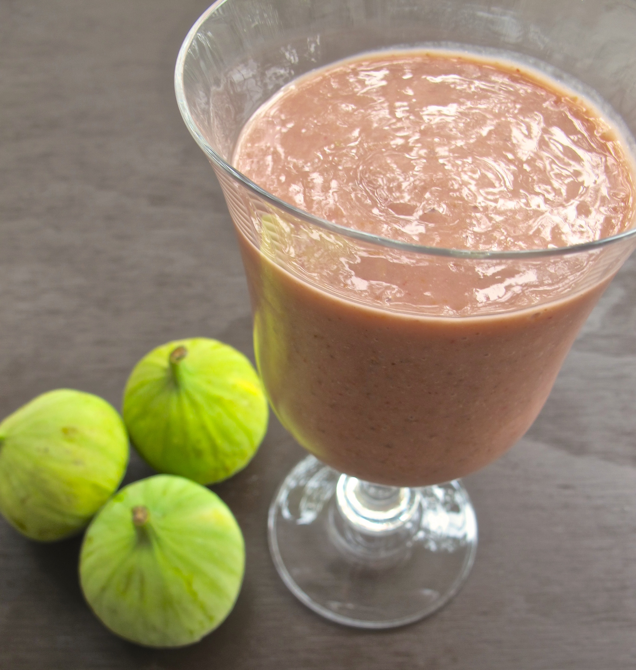 fresh fig power smoothie