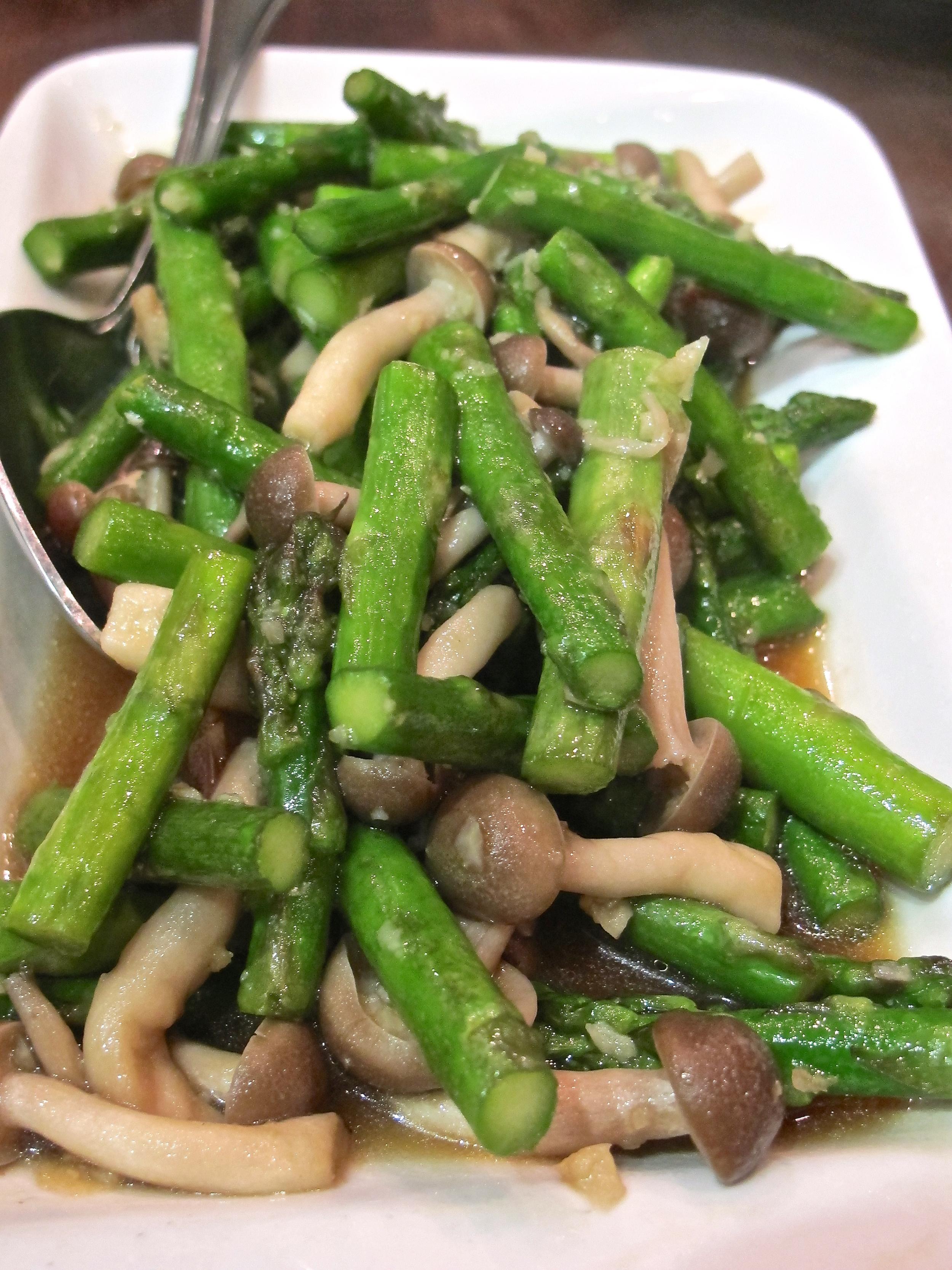 Roc Sawtelle asparagus