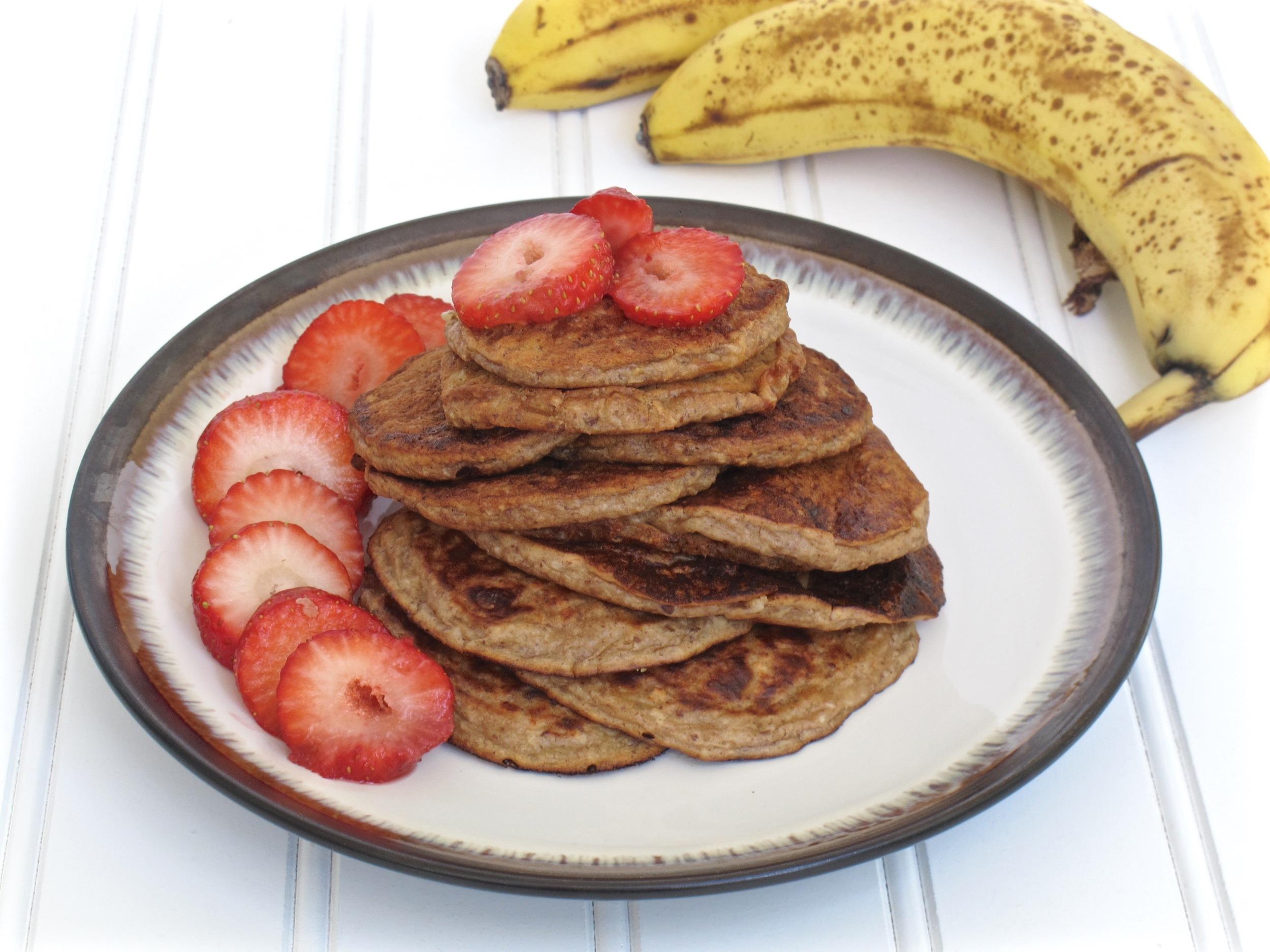 Banana Peanut Butter Pancakes gluten free and vegan