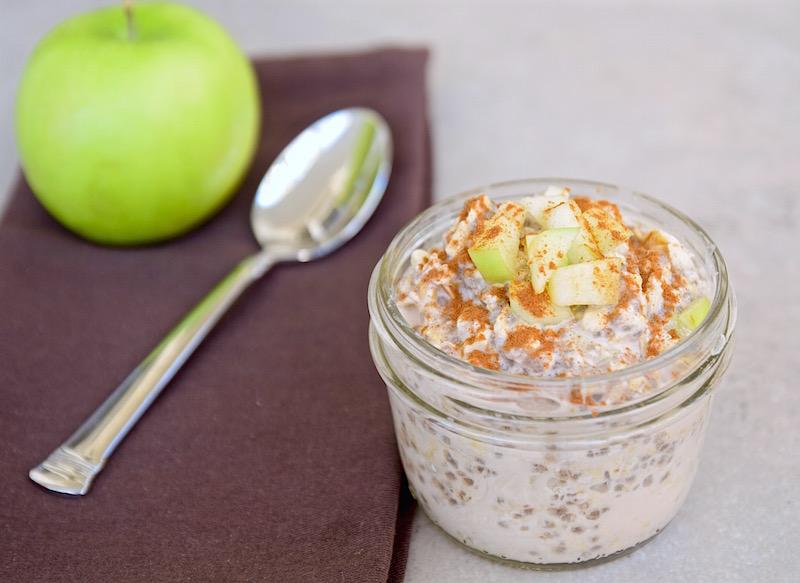 Apple Spiced Overnight Oats | TastingPage.com