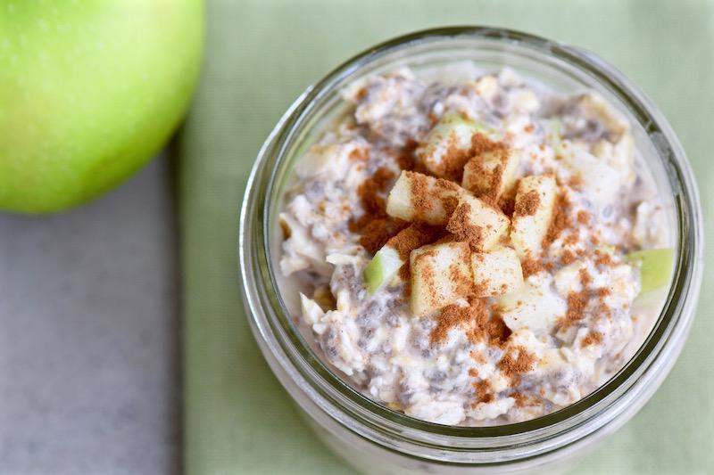 Apple Cinnamon Overnight Oats - gluten free, dairy free and vegan | TastingPage.com