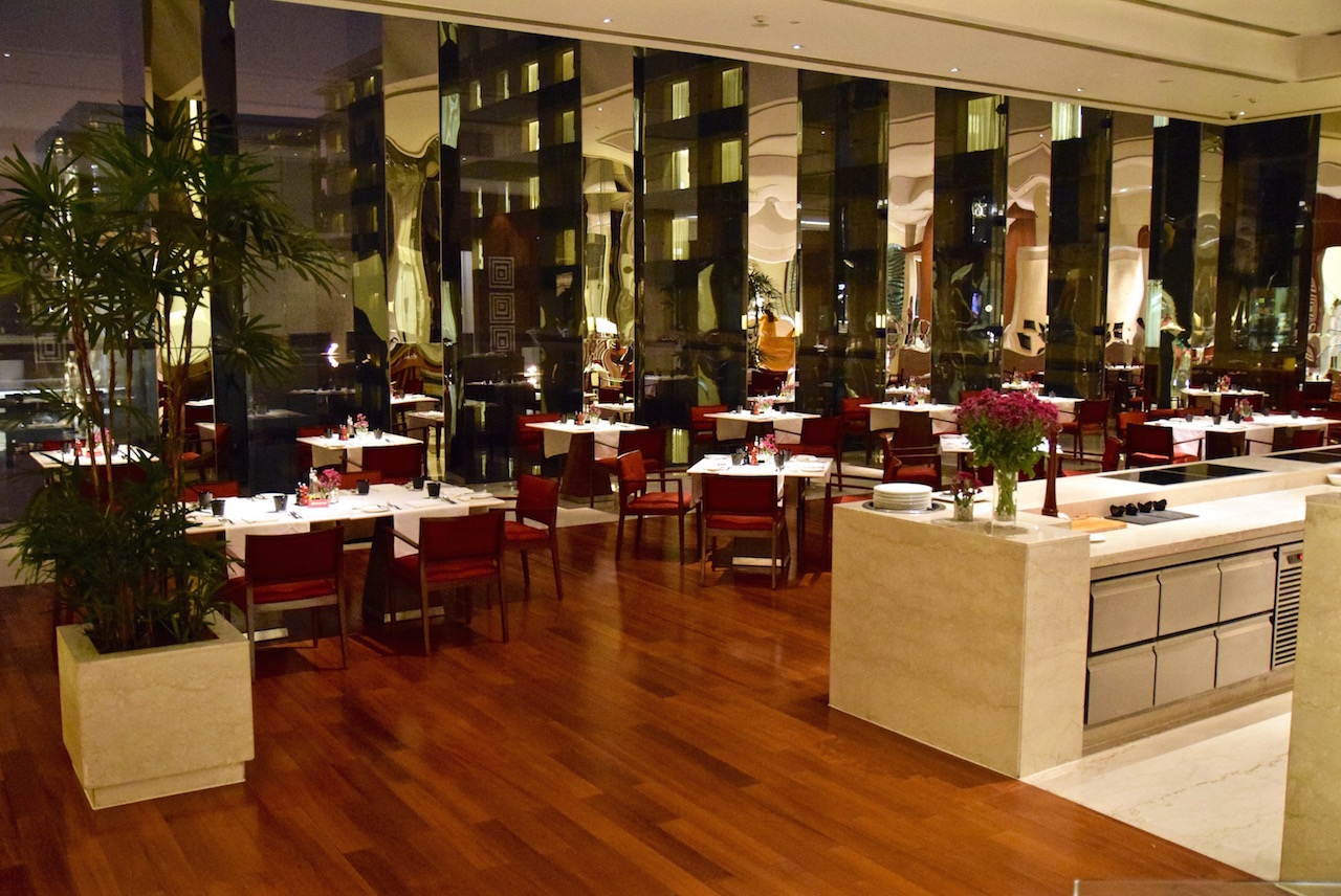 Oberoi Gurgaon restaurants