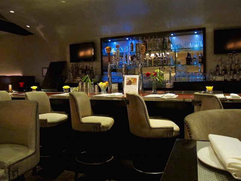 Au Lac Los Angeles bar