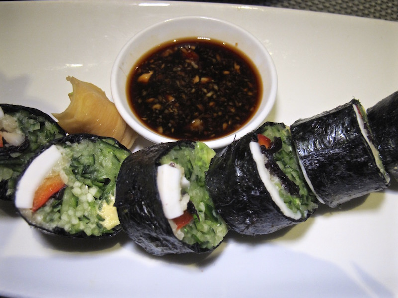 Au Lac veg sushi.jpg