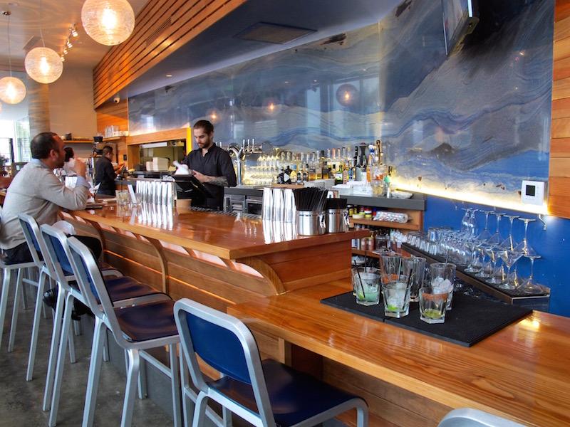 Maradentro Brentwood bar