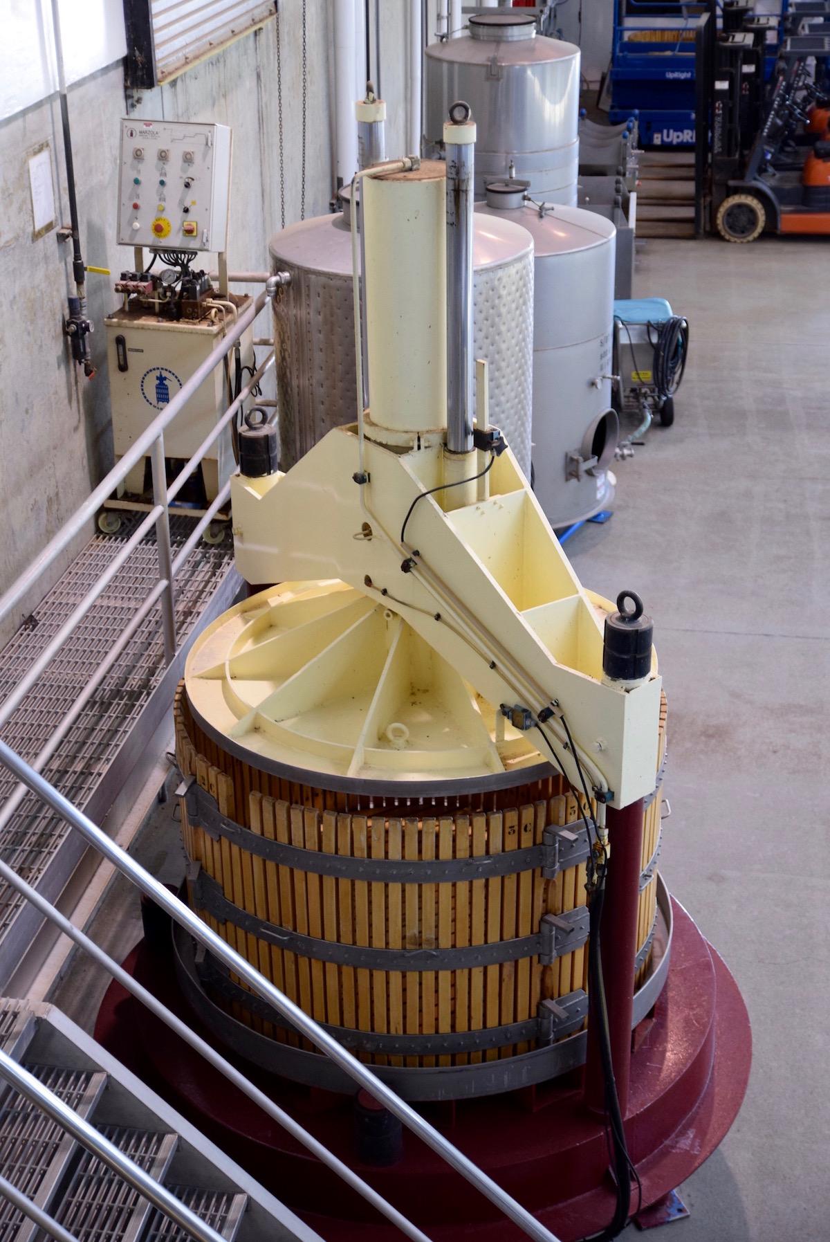 Byron wine SM.jpg